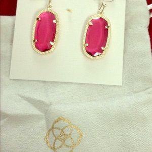 Kendra Scott Elaina earring gold Ruby red